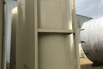 400 bbl Coated Storage Tank (2 available)