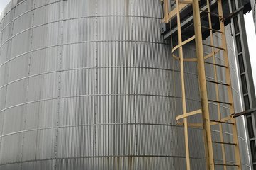 2000 bbl Production Tank
