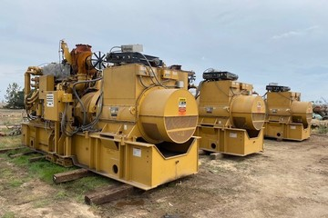 1135 kW Caterpillar G3606TA Natural Gas Generator Package (3 available)