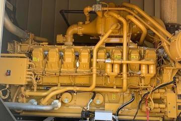 1300 kW CAT G3516B Natural Gas Generator Package